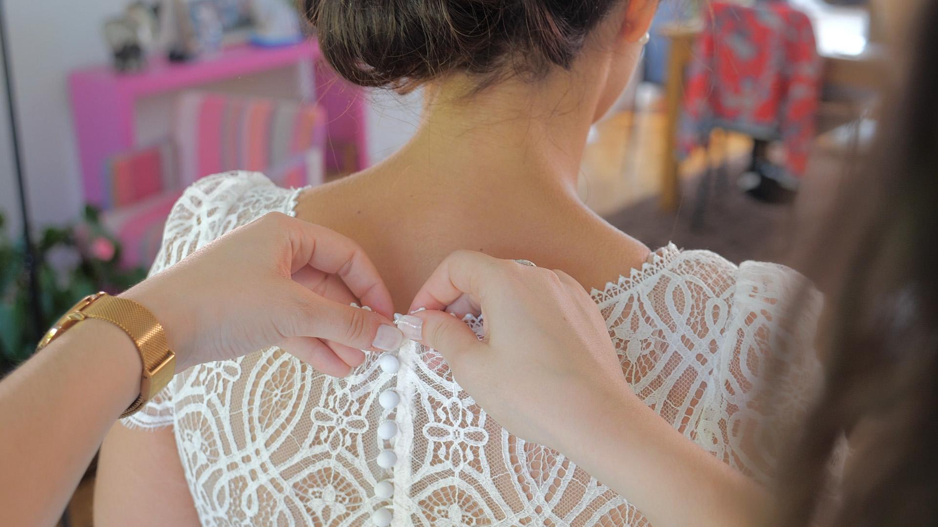 video mariage robe de mariée de dos