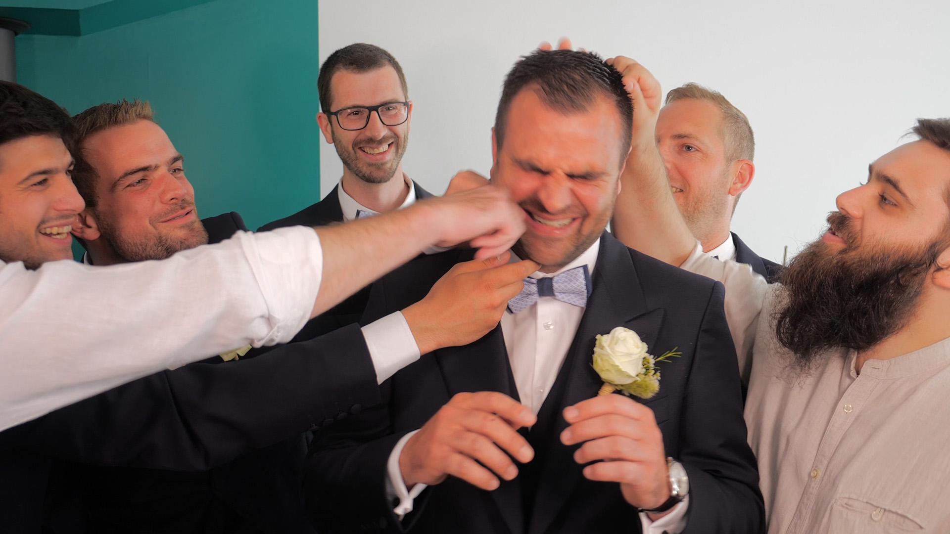 video de mariage préparation du marié